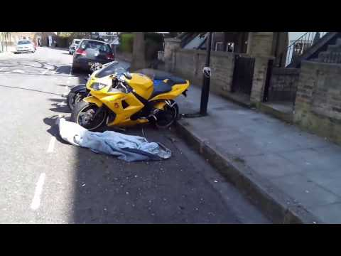 My New Daytona SUPER BIKE. Very Powerful Yellow Motorbike. London, Hackney