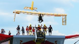 MIT Monkey Ballers build a plane for Red Bull Flugtag 2016