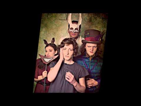 Alice Lost In Wonderland - Smith & Riley Show