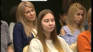 Сенатор от Приморья Светлана Горячева представила в ДВФУ свою новую книгу