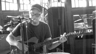 Timber Timbre- Demon Host (Live)