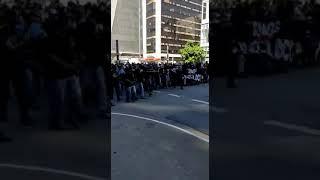 Torcida Gaviões da Fiel agora na Paulista enfrentando os fascistas bolsonaristas