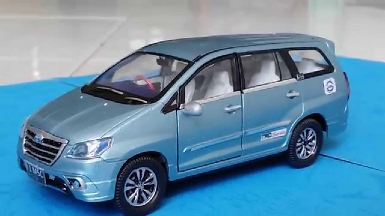 Custom Toyota Innova 2014 Blue Diecast Car Wellynex 1 40 Youtube