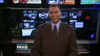 [VIDEO] THORNE - ANCHOR - WPIX NEWS @ 10PM 10.16.11 (Clip NINE of THIRTEEN) PETER THORNE