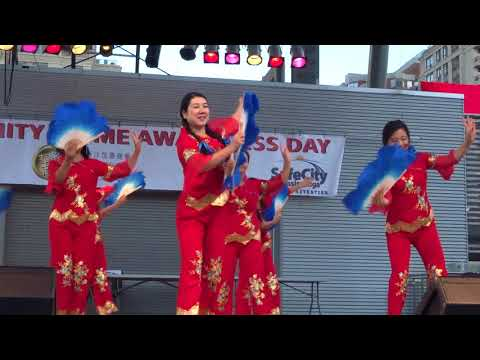 463. Blue Fan Dance performance by Mississauga Chinese Arts Organization