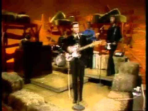 Waylon Jennings - Kentucky Woman (with lyrics)