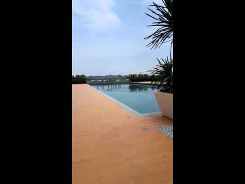 La Thea Residence swimming pool~