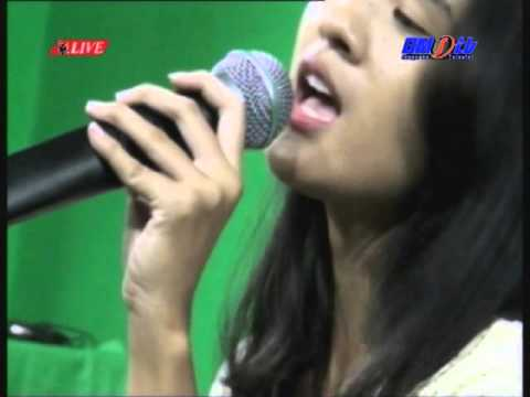 Live Acoustic Apik Band (1 #HUT BMSTV 13 th
