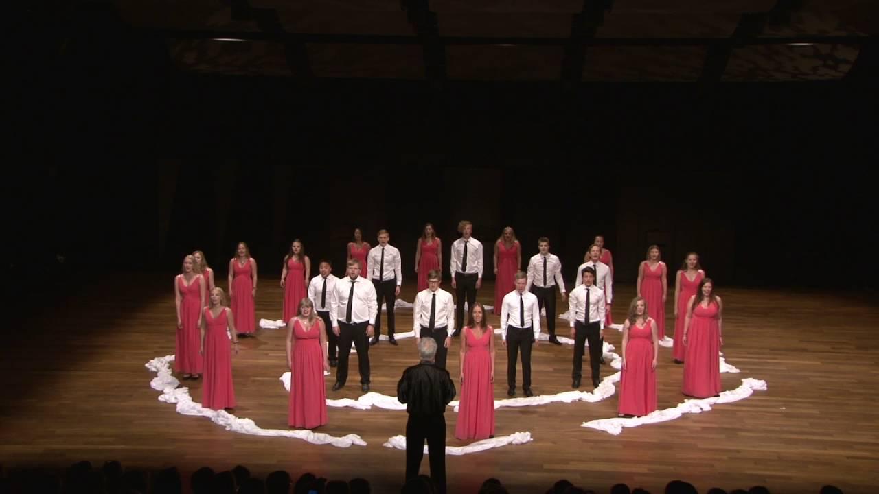 "Eatnem Vuelie - ""Frozen"" - Defrost Youth Choir - YouTube"