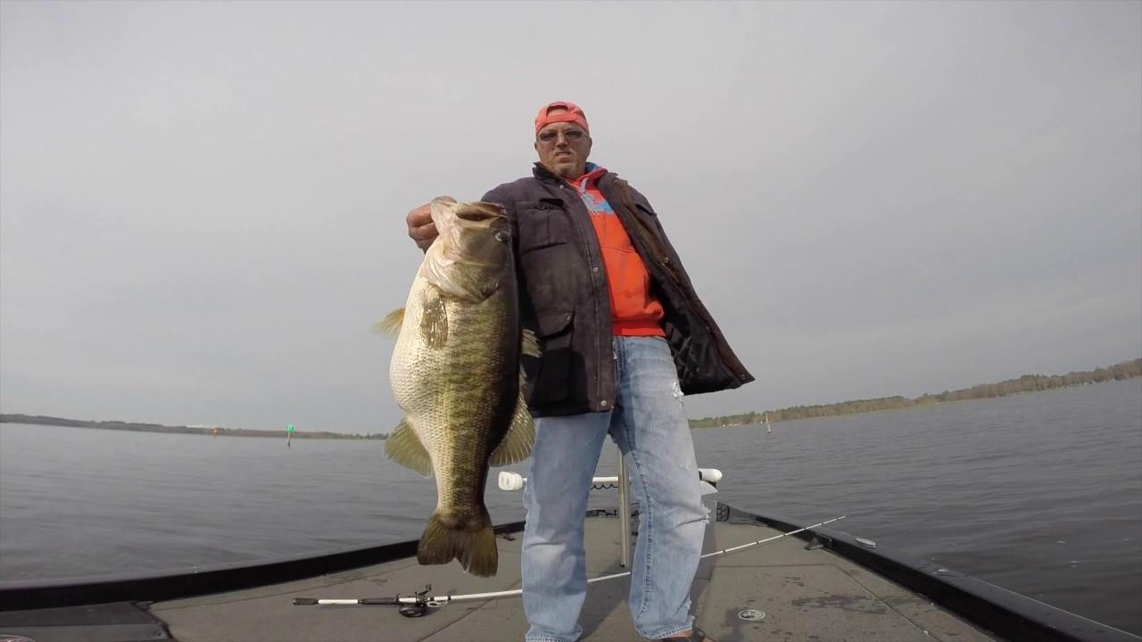Shiner Fishing On Lake Rousseau Feb 18, 2017