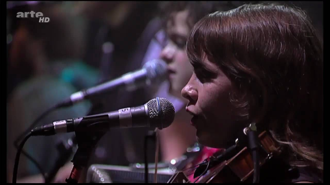 arcade-fire-no-cars-go-rock-en-seine-2007-part-2-of-16-720p-hd-arcadefiretube