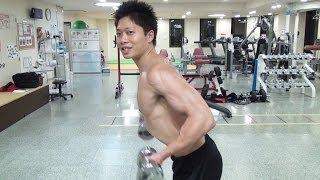 【筋トレ】猫背の人は背中を刺激出来る姿勢でトレーニングしよう! thumbnail