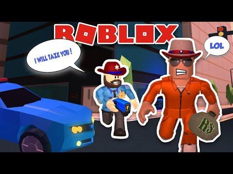 Cop Vs Robber In Roblox Jailbreak Texas Ranger Is Chasing Me