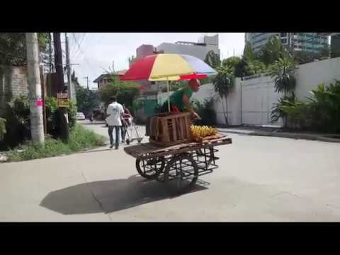 LIVE In The Philippines - Beggars, Viagra Man & Walk around Fuente Circle Cebu City
