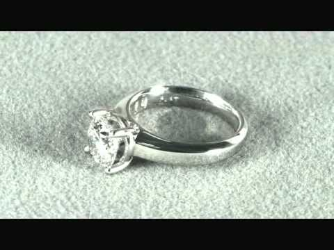 Платиновое кольцо  с бриллиантом 2,01 карат GIA