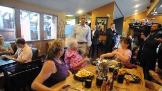 Obama Visits the Buff Restaurant