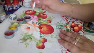 Aprenda fazer maçãs, morangos e folhas