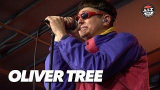 "Oliver Tree Performs ""Alien Boy"""