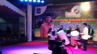 Pemukulan bedug pembukaan Pesta Wirausaha TDA Mataram 2014