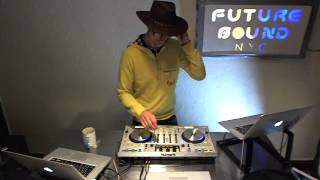 Futurebound NYC: Deephouse, Techno and Techhouse DJ Mix by Peter Munch