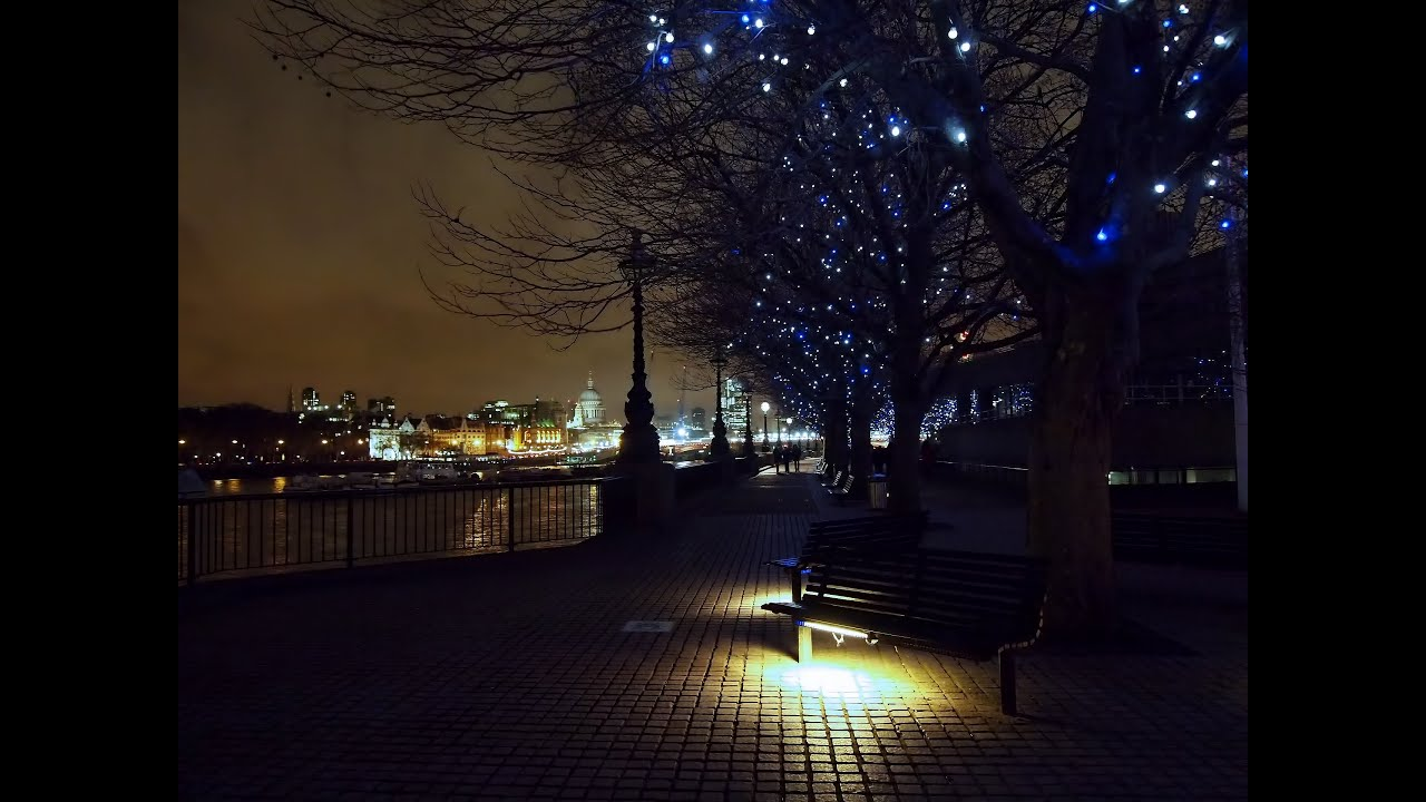 Night time lapse photography around London - YouTube