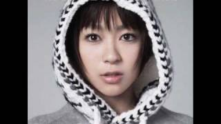 Watch Hikaru Utada Poppin video