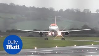 Planes struggle to land at Bristol Airport as Storm Callum brings wind thumbnail