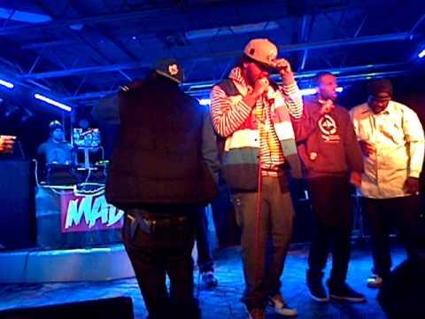 Mon3y Tr33 Ent - I'M THE MAN (Live Performance)