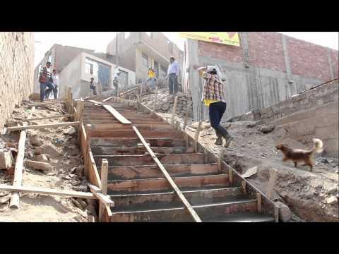 Construccion de escaleras en san pedro de choque puente for Escaleras para construccion