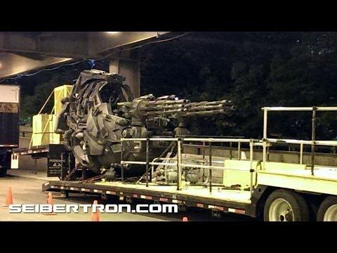 Transformers 4 filming in Chicago - Gunship War Machine
