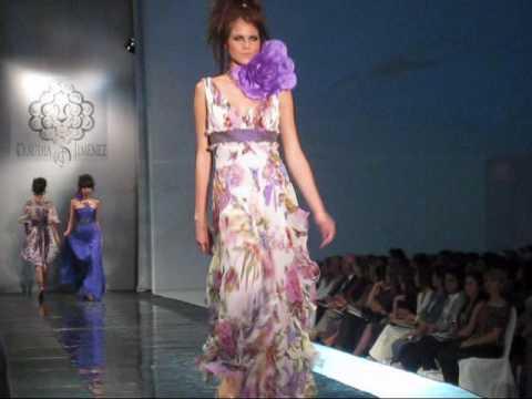 e708b3f60 Vestidos de Noche- Diseñadora Peruana Claudia Jimenez- Colección  Equilibrio(3) - YouTube