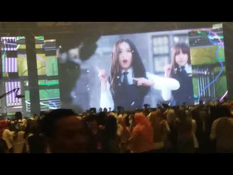 VCR before concert. GFriend mv Rough Music Bank Jakarta (17/9/2)