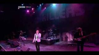 The Killers - All These Things That I've Done (live Glastonbury 2005)