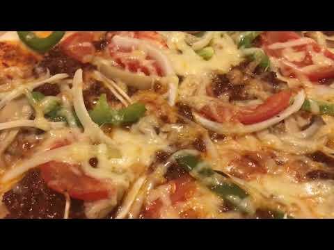 صورة  طريقة عمل البيتزا طريقة عمل البيتزا باللحم مع طريقة تحضيراللحم طريقة عمل البيتزا من يوتيوب