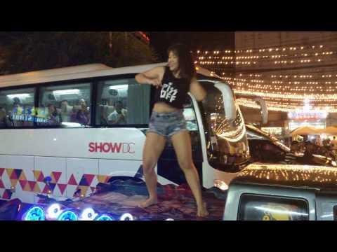 Pattaya Girl New Year Car Dance