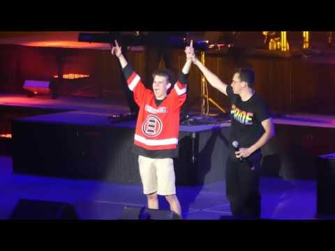 Flexicution (w/17 yr old fan Harris) - Logic Live @ Bill Graham Auditorium San Francisco, CA 7-16-17