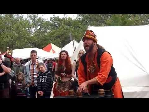 Zauberer Kalibo beim 3. Großen Mittelaltermarkt zu Illingen - Ballzauber