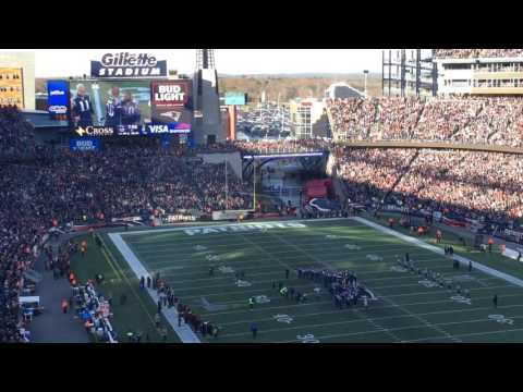 Patriots 2001 Super Bowl team honored at halftime