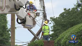 Duke Energy Technician Electrocuted While Crews Fix Power Pole In Northwest Charlotte