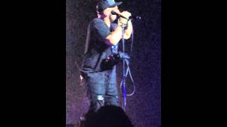 Andy Mineo - Vendetta (Live at Uncomfortable Tour Los Angeles 04/23/2016)