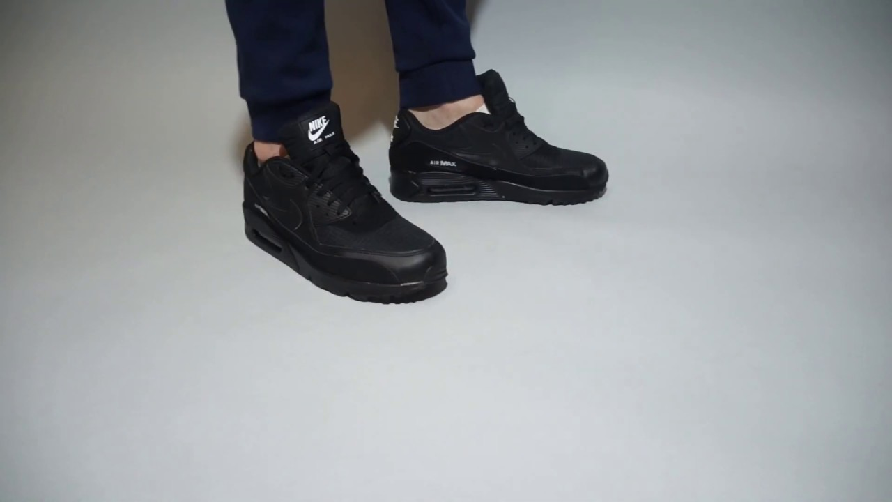 Nike Air Max 90 Trainers Essential Black Black White New in for Spring 2019