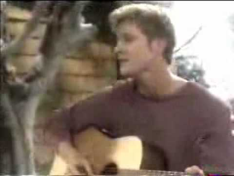 Thad Luckinbill Sings On Y&R