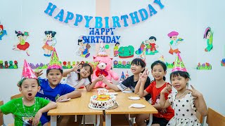 Kids Go To School | Day Birthday Of Chuns School Friends And Children Make a Birthday Play Clay