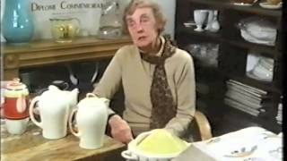 Susie Cooper on the Pottery Ladies documentary Art Deco Antiques Clarice Cliff