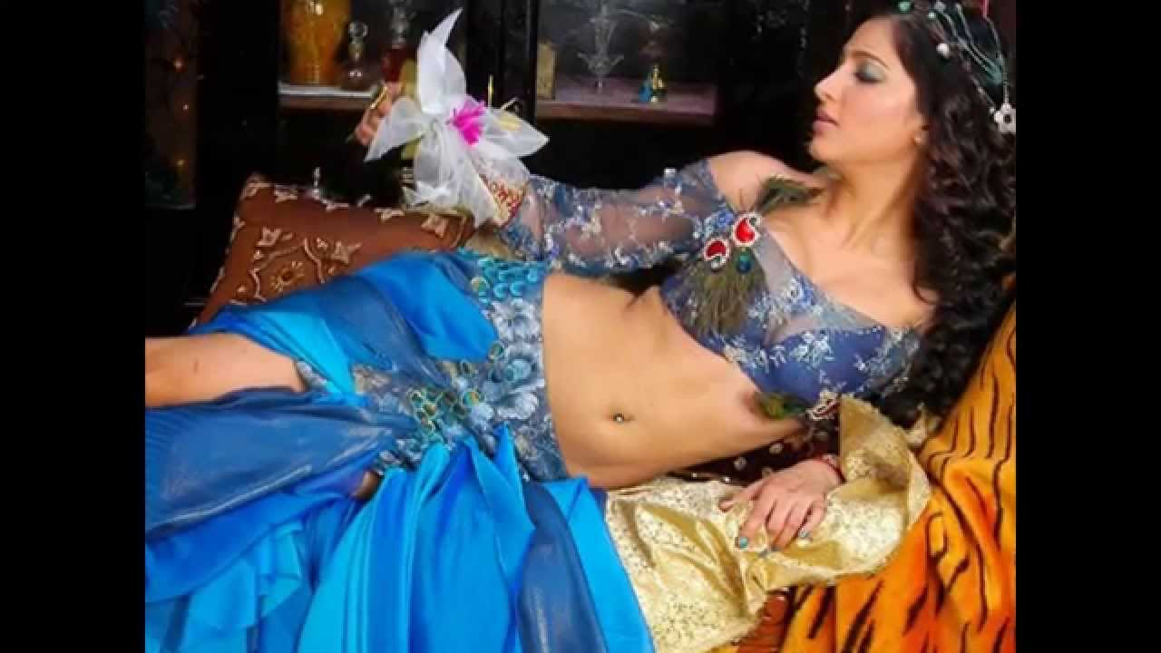 Shruti Hassan Hot Navel - YouTube