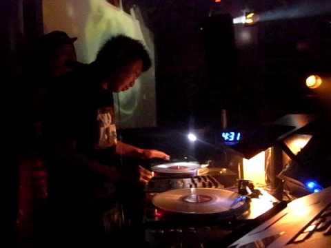 DJ MIKAN Live At Vuenos Tokyo 2010.2.6