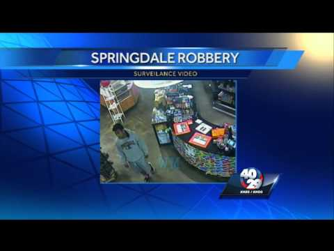 Springdale police search for robbery suspects