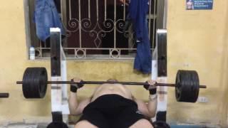 Đẩy ngực bằng 120kg+cán/8 rep