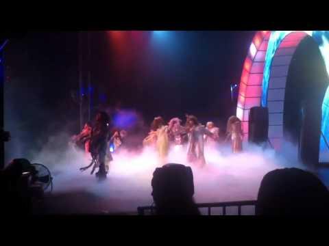 THRILLER - Michael Jackson (Circus Globe Act 2012)