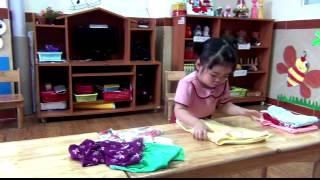 Kỹ năng sống - Gấp quần áo _ ĐỖ LÊ GIA HÂN - Nursery 3.3
